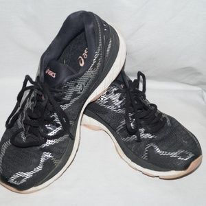 Asics Shoes - Asics Gel Nimbus 20 Running Shoes t 850N